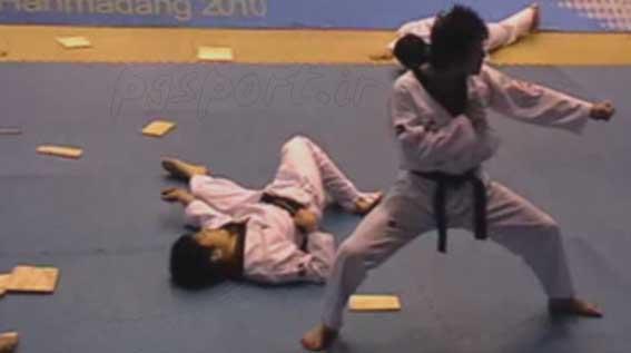 مسابقات جهانی تکواندو هان مادانگ کره جنوبی 2010 استاد کانگ سر مربی تیم ملی ایران